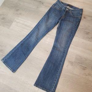 275d39694ede9 Women Levi's 524 Bootcut Jeans on Poshmark